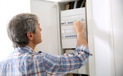 8 Signs That You Have an Electrical Problem at Home